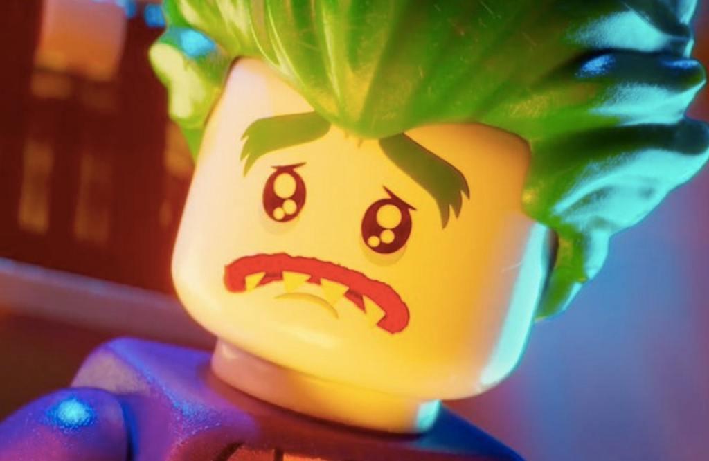 Le Joker version Lego, légendaire rival de Batman, tout triste sur cette image.